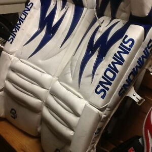 Simmons 31 inch goalie pads