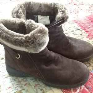 2 Pair Women's Boots Size 8.5 and 9