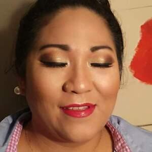 Fine Makeup Artisty ( look me up on facebook)