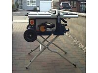 230v.1800w Table Saw, excellent condition, hardly used.Collection only, Canvey.