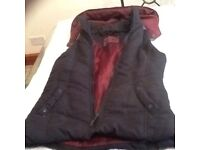 NEW LOOK GILLET WITH HOOD
