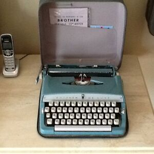 Antique BROTHER DELUXE  portable typewriter