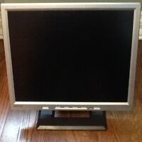 "Benq 17"" Monitor with cables"