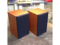 Pair of wharfdale speakers