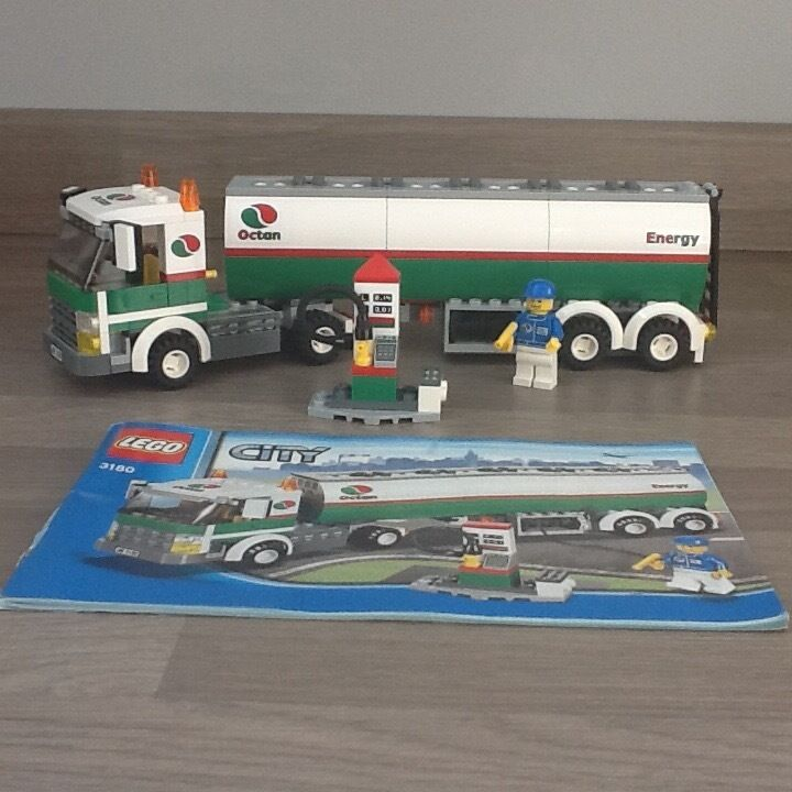 (SOLD) Lego city Oil Tanker (3180)