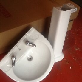 White bathroom sink/pedestal