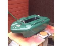 Panther bait boat in raceing green