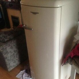 Lec retro American style fridge