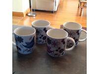 4 ceramic mugs