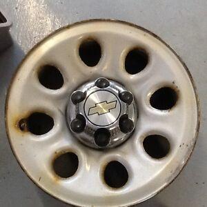 17 inch Silverado rims/sensors/wheel centres/lugs