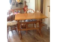Pine kitchen table with 2 chairs