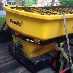 Snow ex 8000 salter Kitchener / Waterloo Kitchener Area image 1