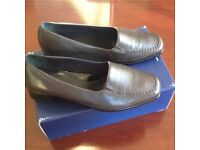 K's ladies shoes size 6.5