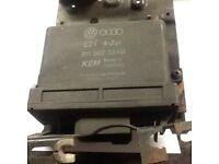 Volkswagen Golf MK2 PB 1.8 GTI ECU With Ignition Amplifier 811 907 384 B