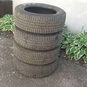 Michelin Xice Snow Tires 225/60 R17 cell 450-341-4152