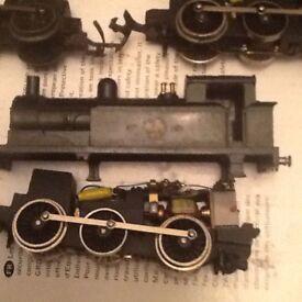 Train set engines
