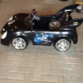 Bat mobile car battery operated ride on 6 volts good condition