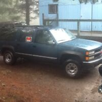 1994 Chevy Suburban 2500 4x4 High performance 454 v8