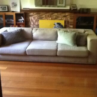 3 And Half Seater Sofa