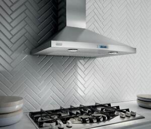 Hotte de cuisinière murale Elica 36 po, 600 CFM, Stainless