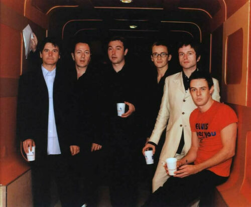 JOE STRUMMER & THE MESCALEROS —-THE CLASH  - 8x10 photo