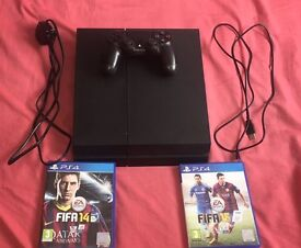 Ps4 with 2 games and 1 controller. 1TB