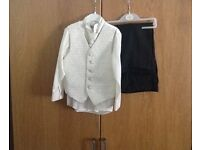 Boys 4 piece wedding / pageboy outfit, 3 year old