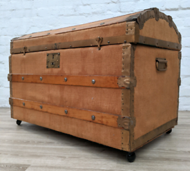 Vintage Dome Top Trunk (DELIVERY AVAILABLE)