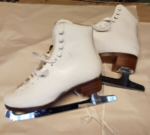 Girls Quality Don Jackson Figure Skates size 5/6