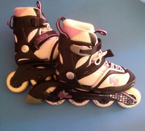 Girls adjustable rollerblades