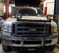 2005 Ford F-550 with dump box, salter and plow