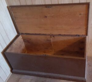 Antique Handmade Wooden Solid Pine Blanket Box Chest w/ Lock Kawartha Lakes Peterborough Area image 3