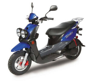125cc, GAS Scooter, Automatic, Very good condition. High Perform