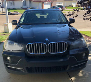 BMW X5 , Heated seats, Navigation, sunroof. 4.8l Fully loaded
