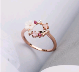 Beautiful delicate ring in rose gold color