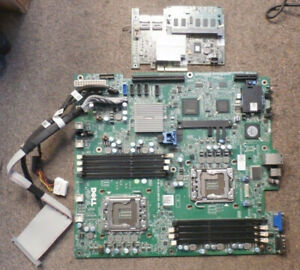 Dell Poweredge Server main Board and Controller DP/N: 01V648 , 0