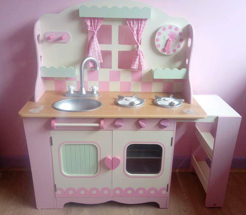 Early Learning Centre Wooden Country Kitchen With Elc Accessories
