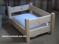 DOG OR CAT, MADE TO MEASURE, SOLID PINE, SINGLE BED