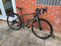 Giant ToughRoad Road Bike/ Adventure Bike- Excellent Condition