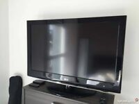 37 Inch LG Telly With Remote