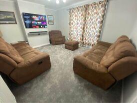 Dfs electric recliner sofa set