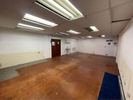1000SQFT Warehouse Unit in Ashford Heathrow Staines Storage Office Space For Rent Commercial Parking