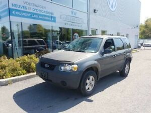 2005 Ford Escape XLS 2WD