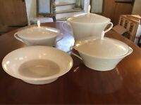 Wedgwood Bone China Nature Design Set of 4 Pieces Casserole Dish / Serving Dish