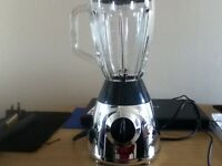 ******BUSH SMOOTHIE MAKER/BLENDER IN CHROME & BLACK*****