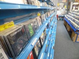 CD DISPLAY RACKS TO CLEAR