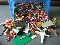 8.6 KG OF LEGO. THOUSANDS AND THOUSANDS OF PIECES