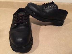 Men's Size 8W Dakota Steel Toe Work Shoes