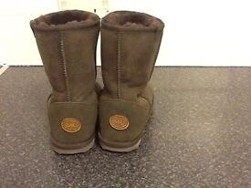 EMU boots. Never worn,brand new, Perfect, UK size 5 /38