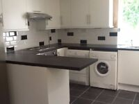 (Swansea Uni Student) Spare Double Room for Rent that's in Student Hot-spot. Uplands, Swansea.